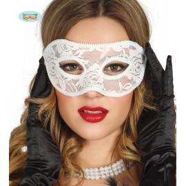 Bílá maska
