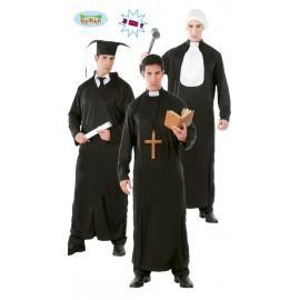 3 v 1 - soudce, kněz, student